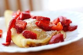 strawberries-932383__180